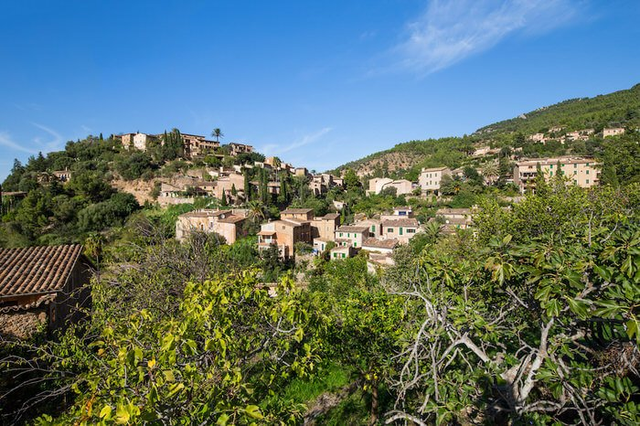 The little paradise in the tramuntana mountains – Deià