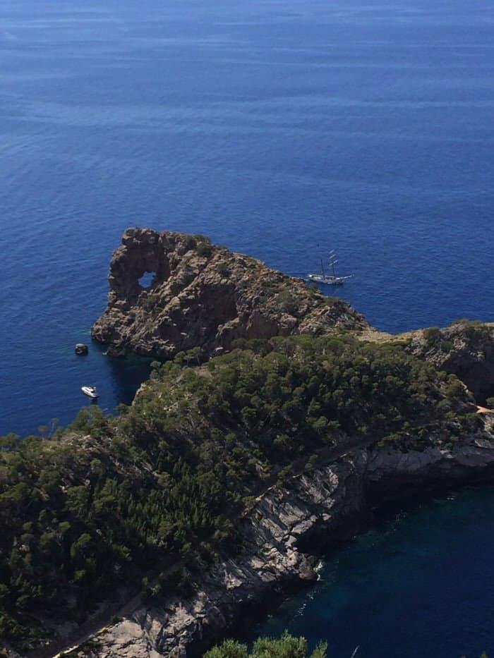 Ein Ausflug zum Lochfelsen – Sa Foradada