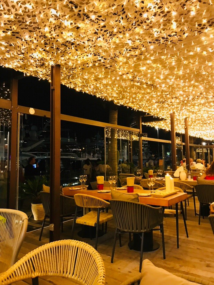 Wonderful ambience at Palmas Marina Moll Vell – Arallo Taberna