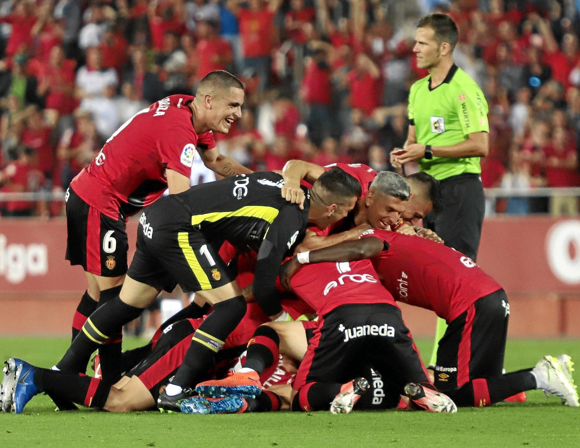 Pure Freude: Real Mallorca feiert in Palmas Innenstadt den Aufstieg!